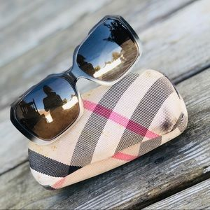 Oversized Burberry Sunglasses B4083 3189/13 59014